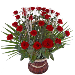 30 róż w koszu Kwiaty